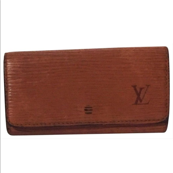 Louis Vuitton Handbags - Vintage Louis Vuitton epi leather key wallet